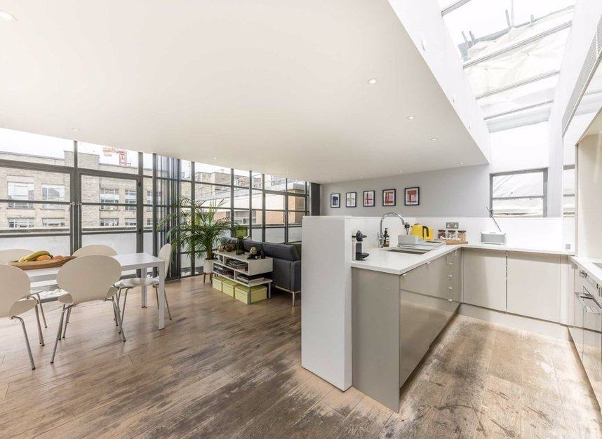 Properties for sale in Pollen Street - W1S 1NH view3