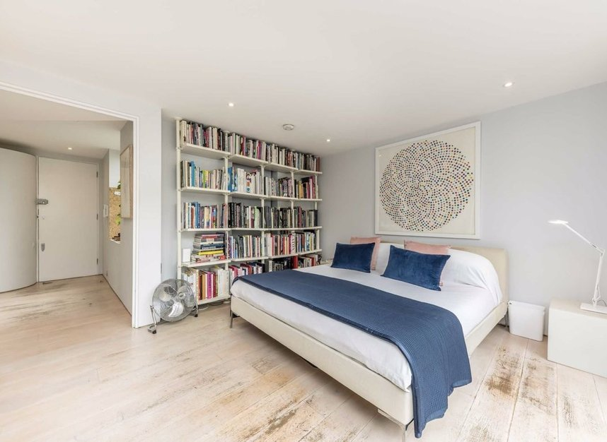 Properties for sale in Pollen Street - W1S 1NH view7