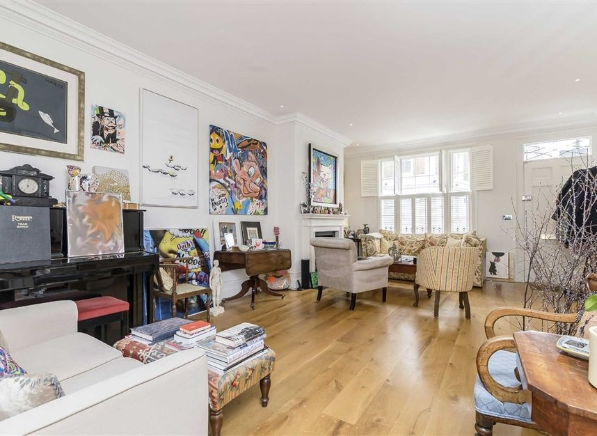Properties for sale in Princedale Road - W11 4NL view2