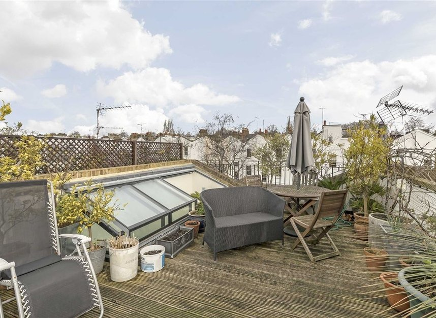 Properties for sale in Princedale Road - W11 4NL view9