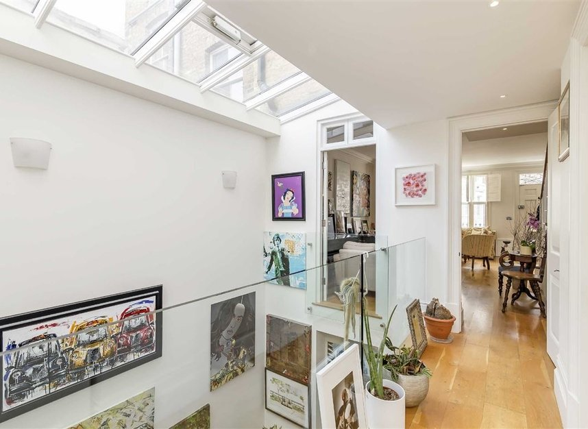 Properties for sale in Princedale Road - W11 4NL view6