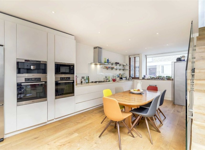 Properties for sale in Princedale Road - W11 4NL view4