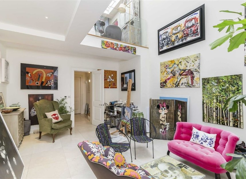 Properties for sale in Princedale Road - W11 4NL view3