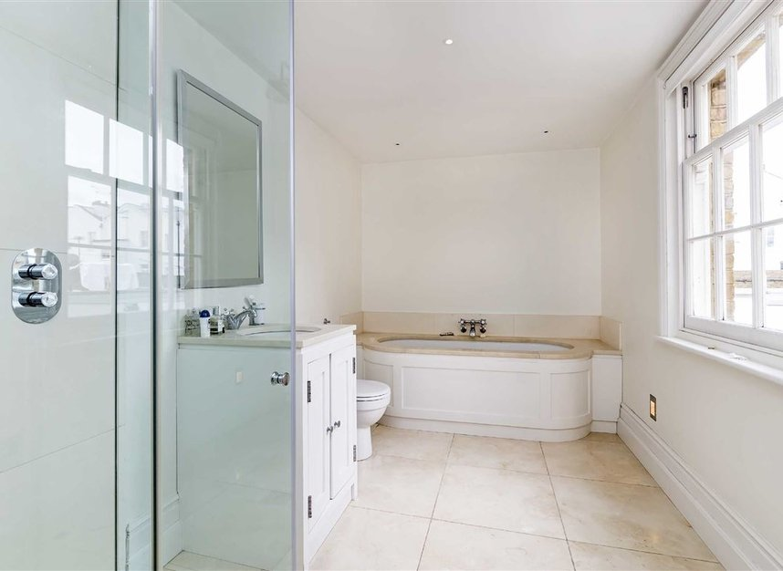 Properties for sale in Princedale Road - W11 4NL view8