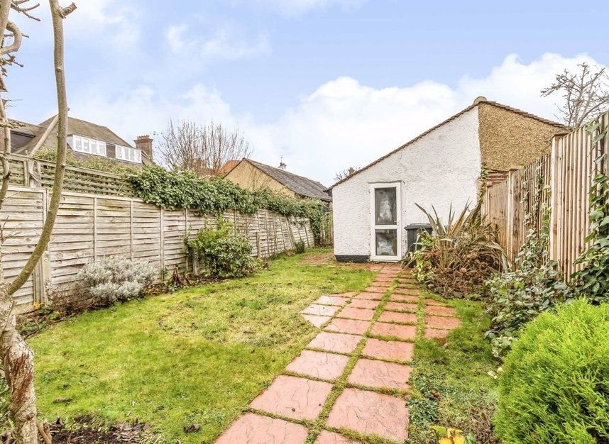 Properties for sale in Princes Gardens - W3 0LN view7