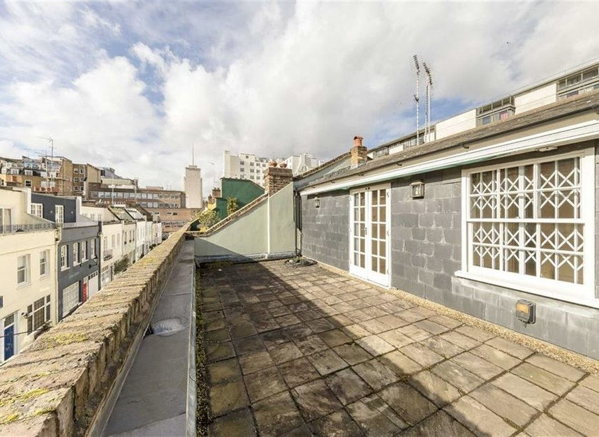 Properties for sale in Princes Gate Mews - SW7 2PR view9