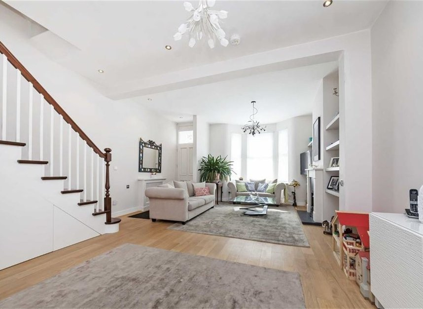 Properties for sale in Prothero Road - SW6 7LY view2