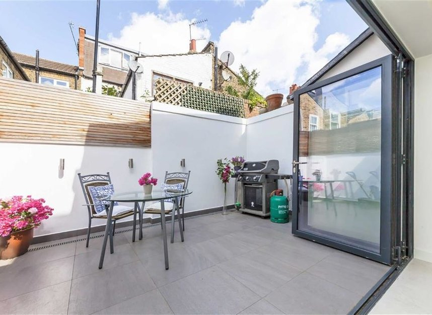 Properties for sale in Prothero Road - SW6 7LY view8
