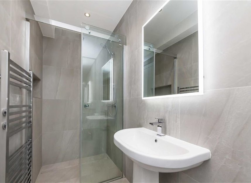 Properties for sale in Prothero Road - SW6 7LY view6