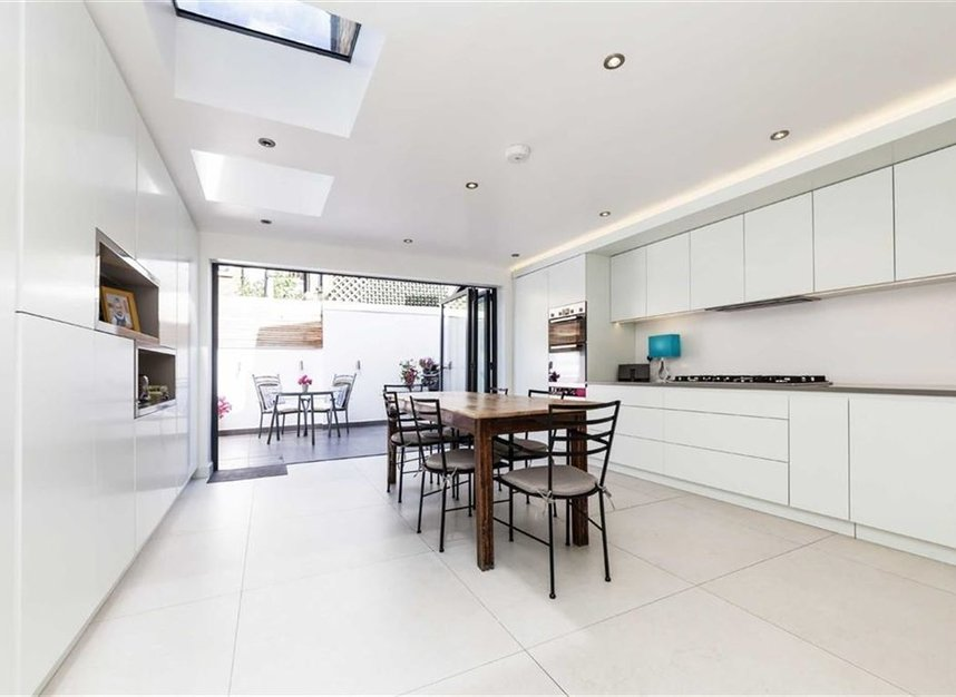 Properties for sale in Prothero Road - SW6 7LY view3