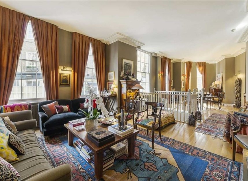 Properties for sale in Queen Annes Gate - SW1H 9AA view5