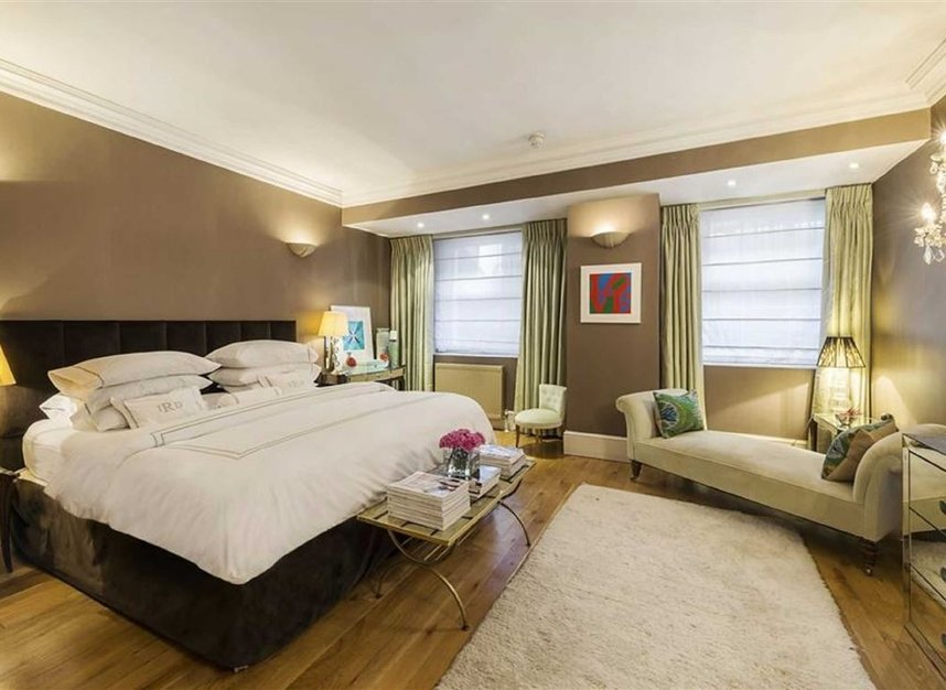 Properties for sale in Queen Annes Gate - SW1H 9AA view8