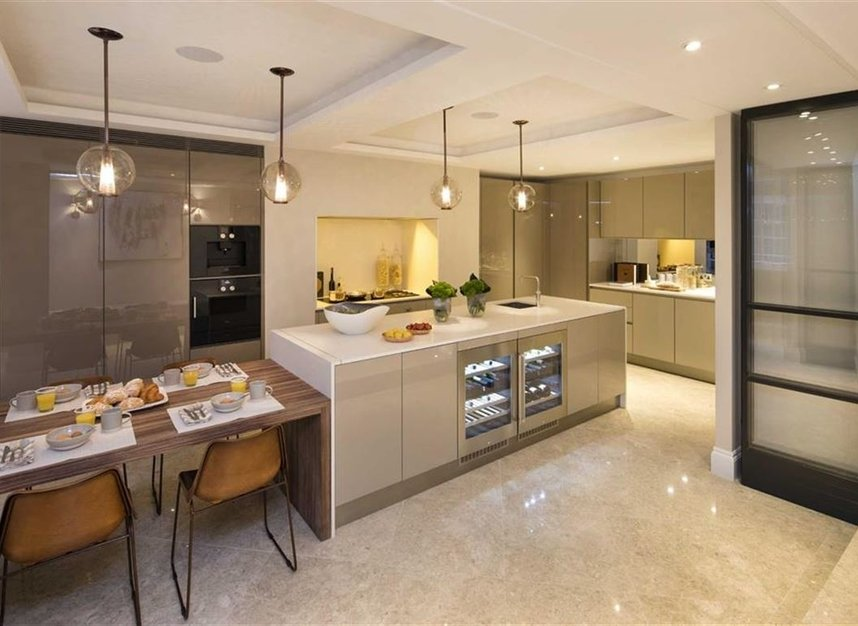 Properties for sale in Queen Annes Gate - SW1H 9AB view4