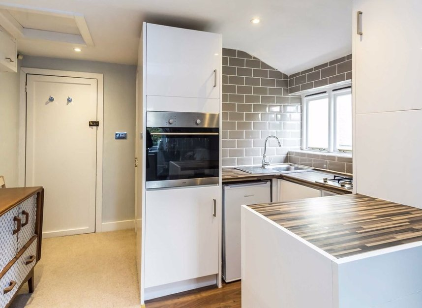 Properties for sale in Queens Road - SW19 8NY view3