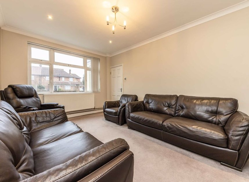 Properties for sale in Raleigh Way - TW13 7NX view4