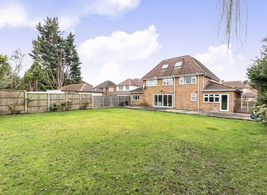 Properties for sale in Raleigh Way - TW13 7NX view7