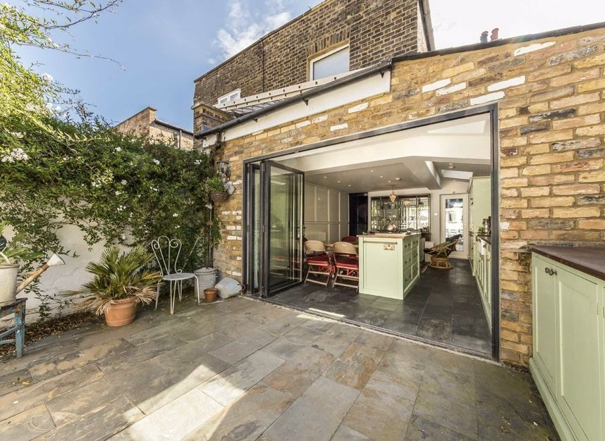 Properties for sale in Ravensworth Road - NW10 5NP view5
