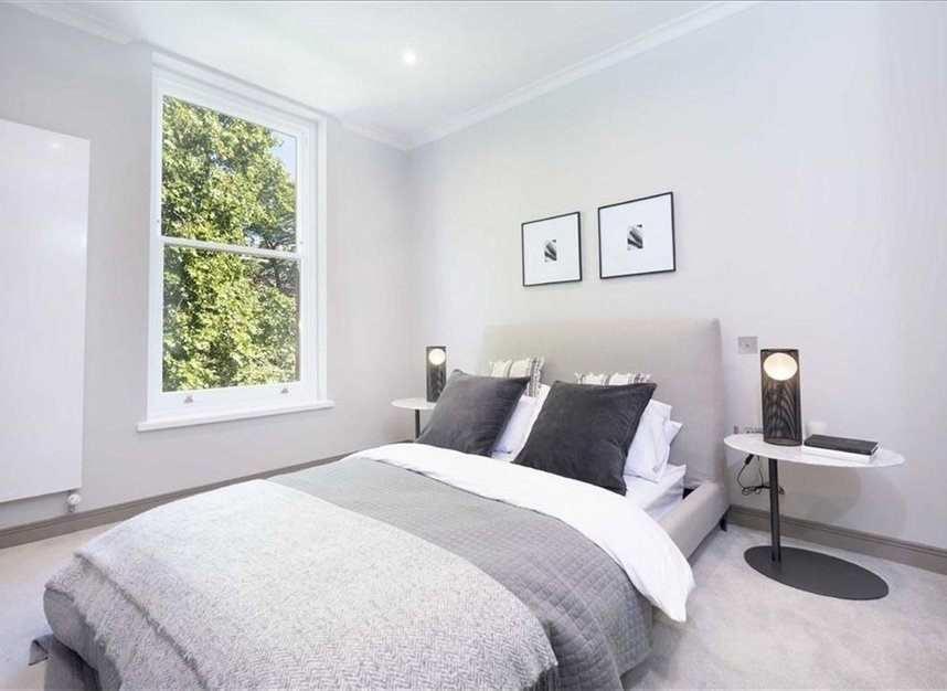 Properties for sale in Red Lion Square - WC1R 4QF view6
