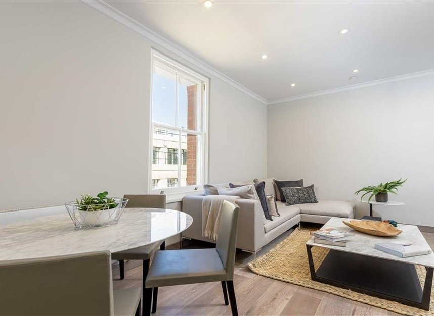 Properties for sale in Red Lion Square - WC1R 4QF view7