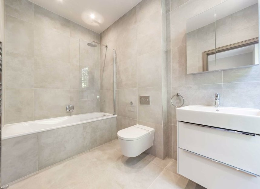 Properties for sale in Red Lion Square - WC1R 4QF view8