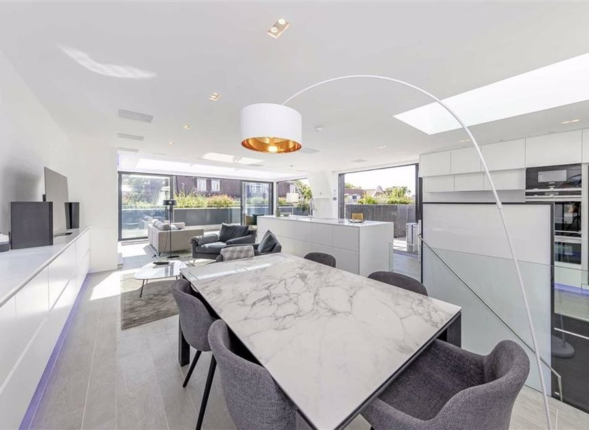 Properties for sale in Rochester Row - SW1P 1JU view3