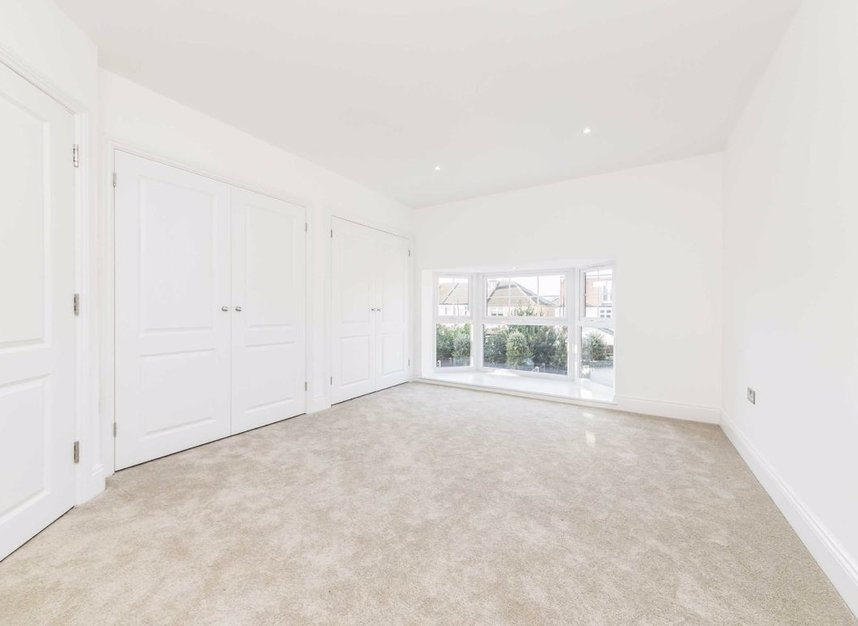 Properties for sale in Samara Place - SW20 9AP view4