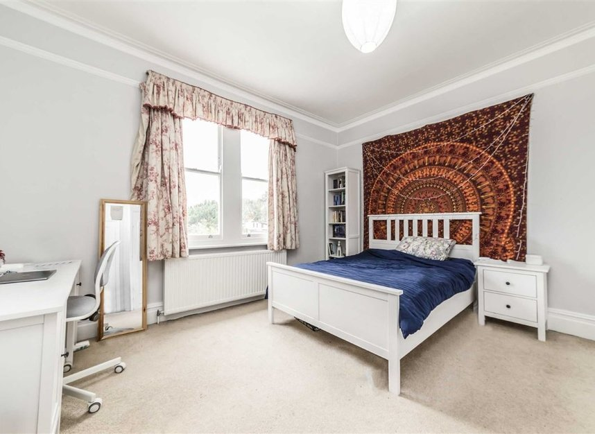 Properties sold in Seymour Road - TW12 1DD view7
