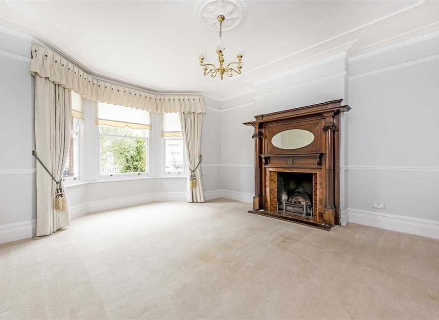 Properties for sale in Seymour Road - TW12 1DD view2