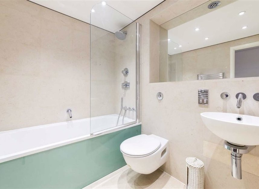 Properties for sale in Shad Thames - SE1 2YE view8