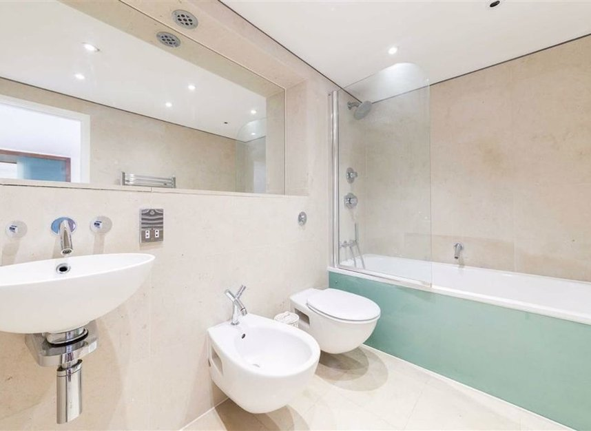 Properties for sale in Shad Thames - SE1 2YE view10