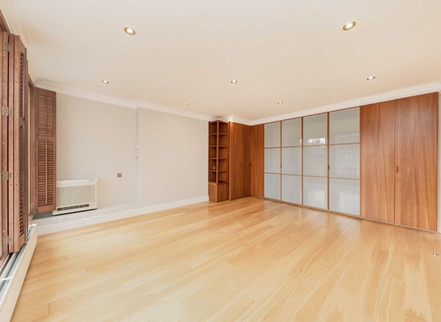 Properties for sale in Springfield Road - NW8 0QN view7