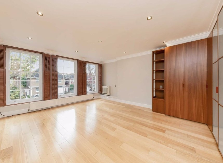 Properties for sale in Springfield Road - NW8 0QN view6