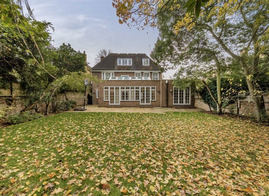 Properties for sale in Springfield Road - NW8 0QN view9