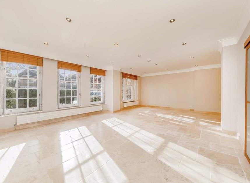 Properties for sale in Springfield Road - NW8 0QN view2