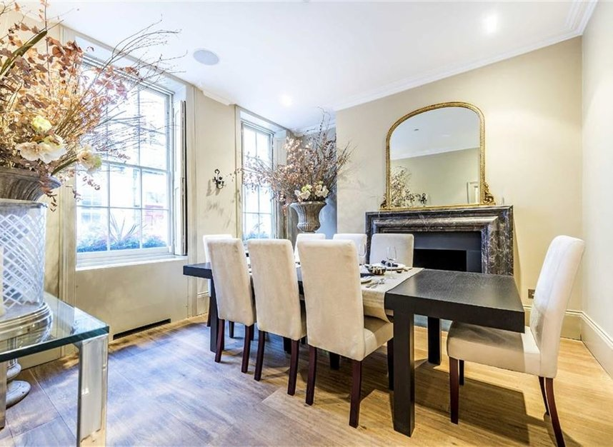 Properties for sale in St. James's Place - SW1A 1NS view3