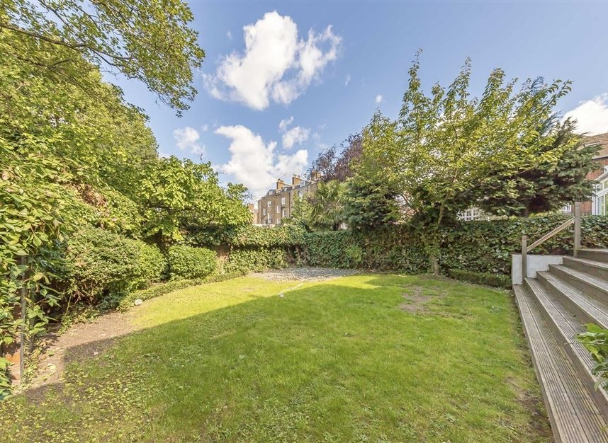 Properties for sale in St. Johns Wood Road - NW8 8RB view10