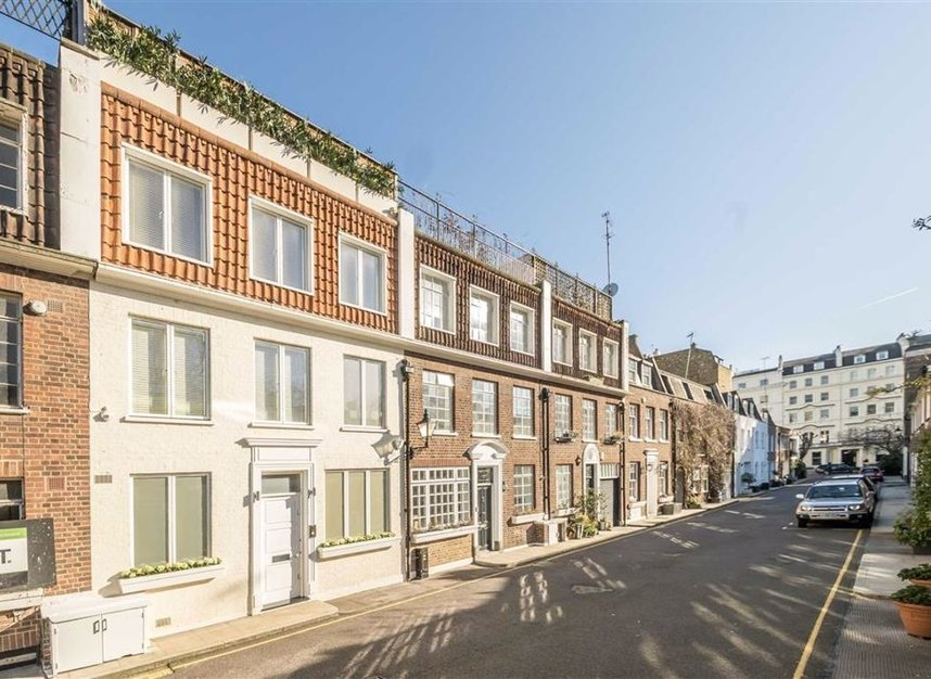 Properties for sale in Stanhope Mews East - SW7 5QT view1