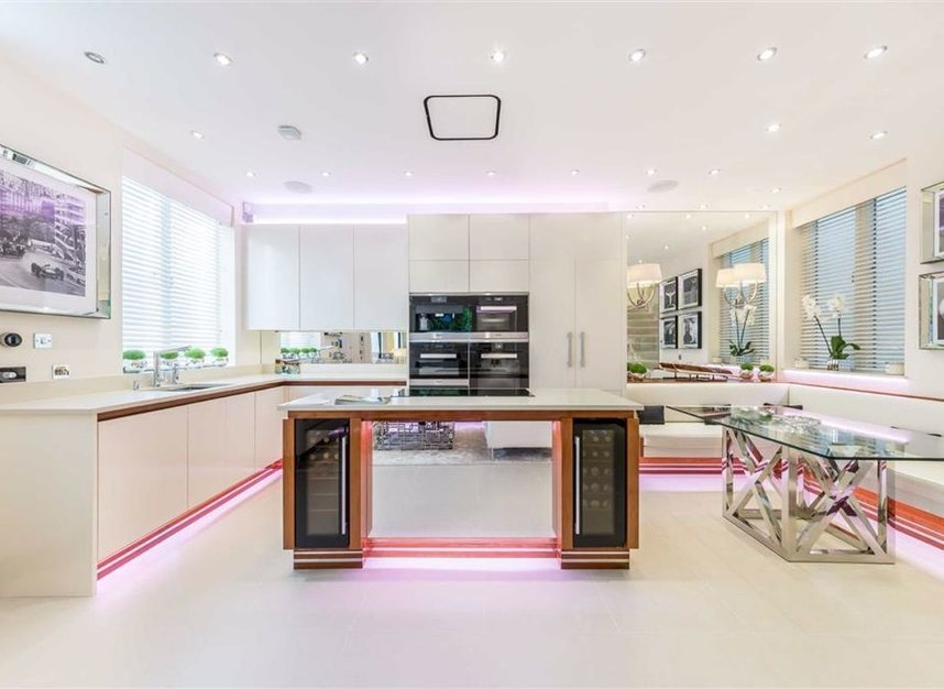 Properties for sale in Stanhope Mews East - SW7 5QT view3