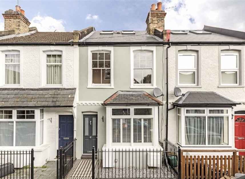 Properties for sale in Stanley Gardens Road - TW11 8SY view1