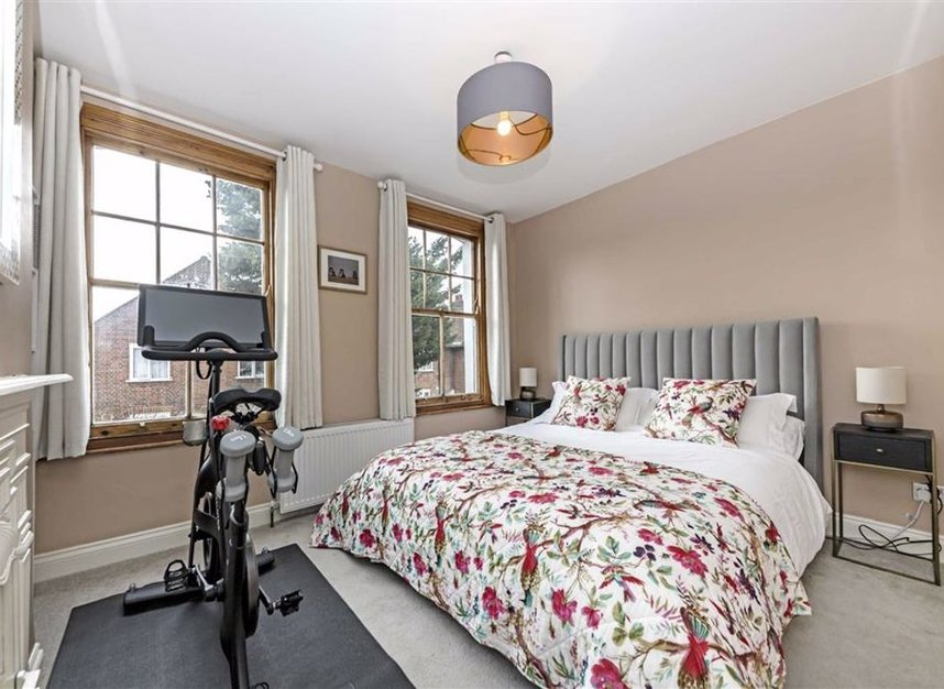 Properties for sale in Stanley Gardens Road - TW11 8SY view5