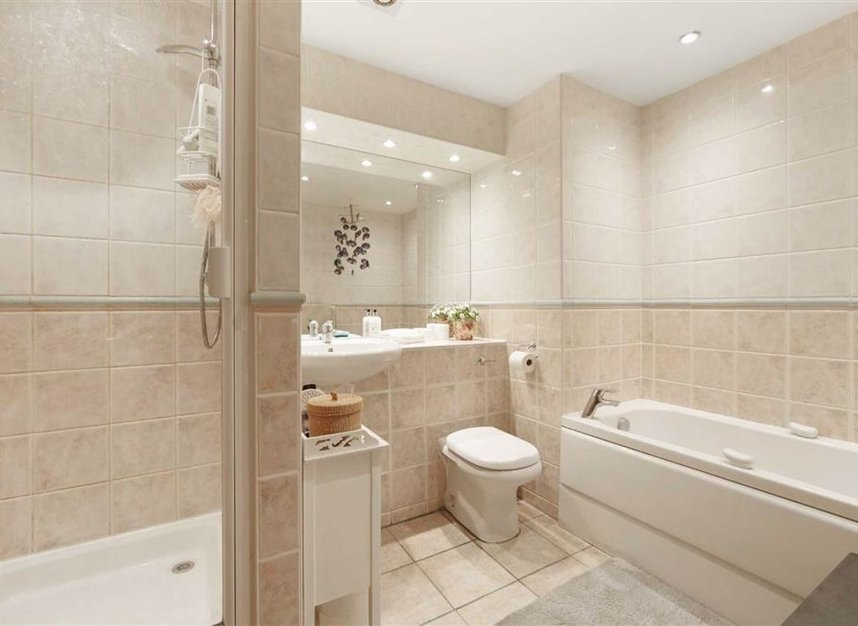 Properties sold in Sweden Gate - SE16 7TG view8