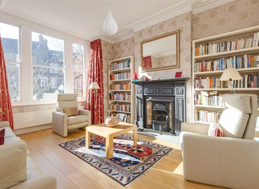 Properties for sale in Talbot Road - N6 4QX view2
