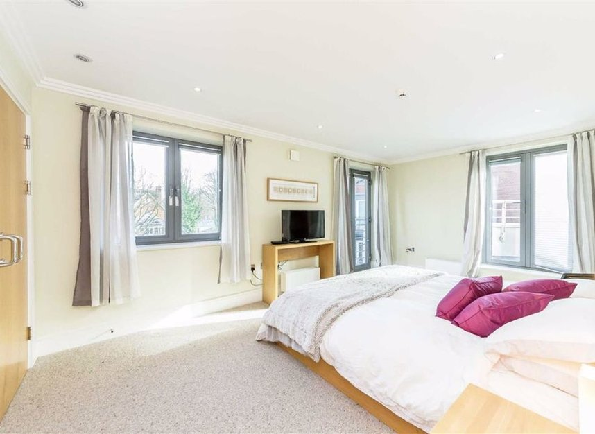 Properties for sale in Tallow Road - TW8 8EU view4