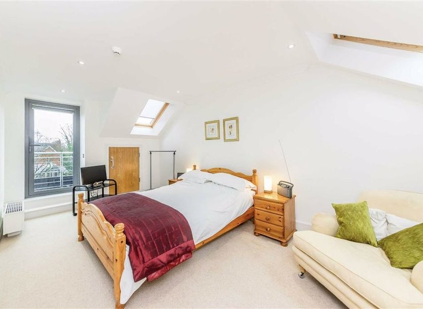 Properties for sale in Tallow Road - TW8 8EU view5