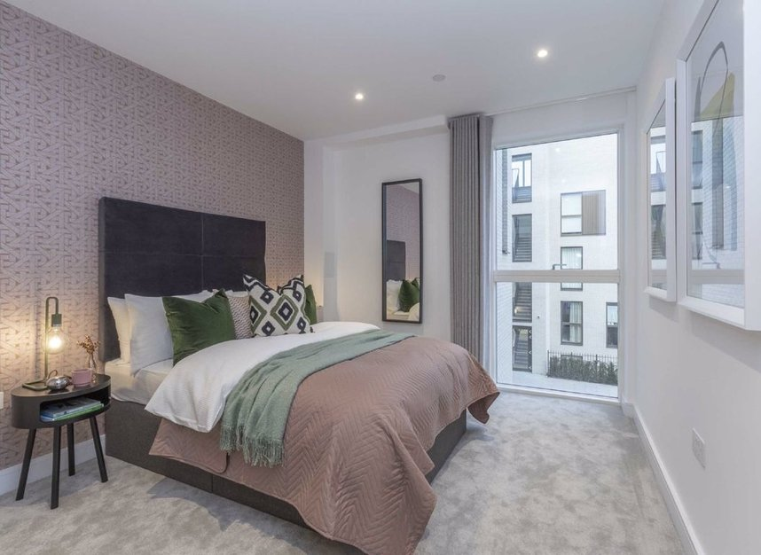 Properties for sale in The Avenue - NW6 7YG view7