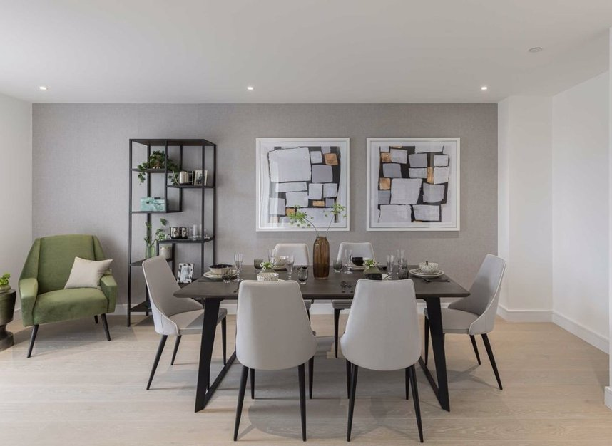 Properties for sale in The Avenue - NW6 7YG view6