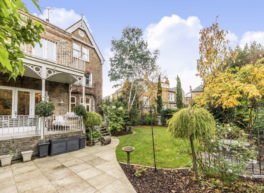 Properties for sale in The Avenue - TW1 1QP view19