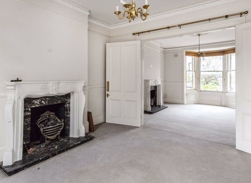 Properties for sale in Thornton Hill - SW19 4HS view2