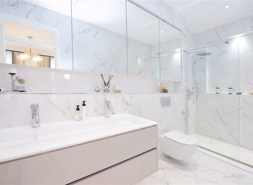 Properties for sale in Thurloe Place - SW7 2RU view9