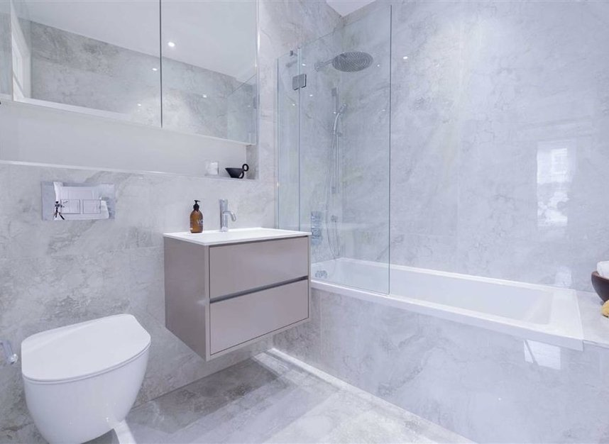 Properties for sale in Thurloe Place - SW7 2RU view7